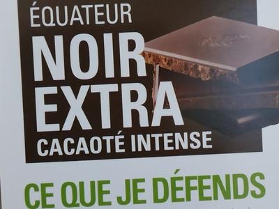 Tablette de chocolat noir extra cacaoté intense